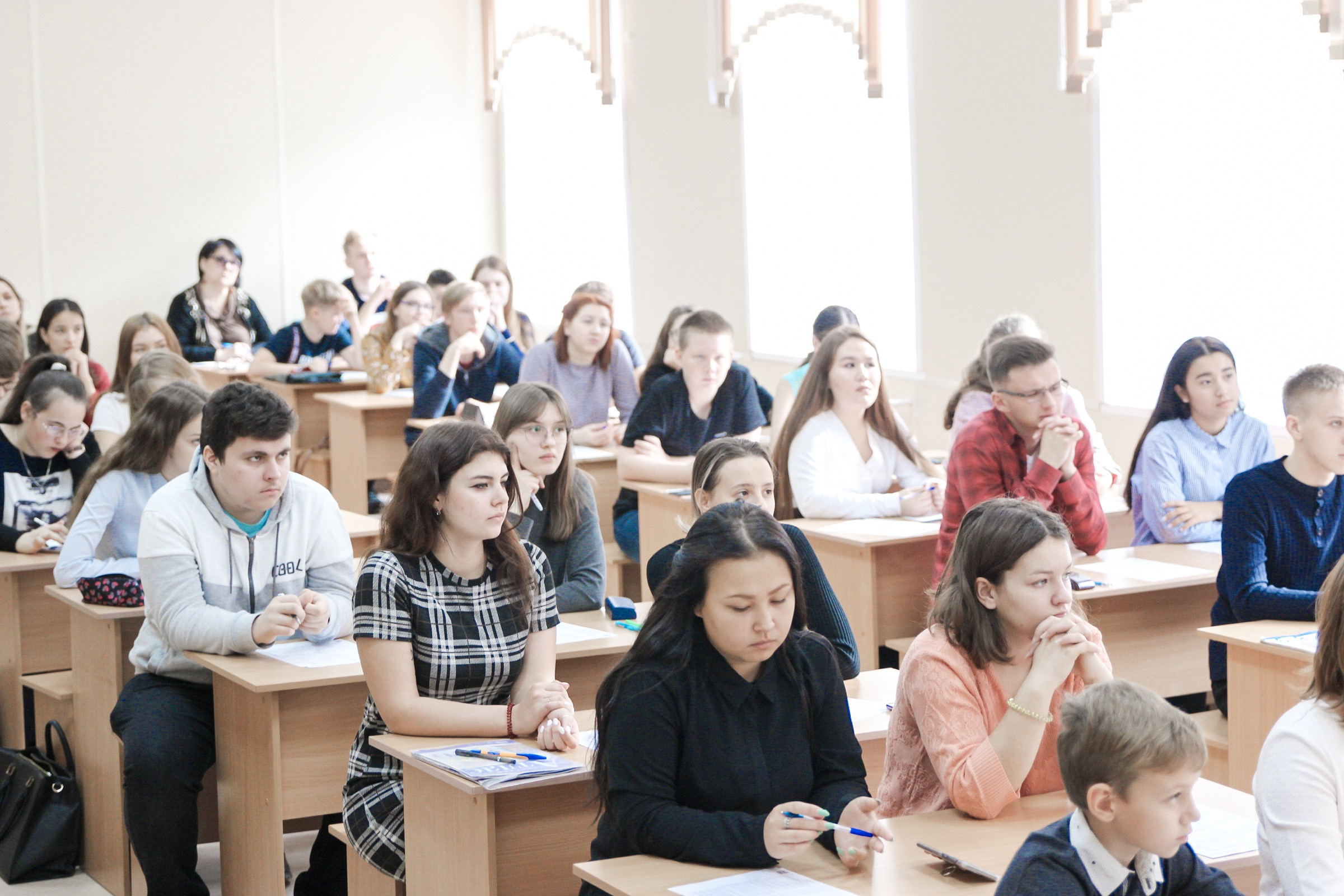 Участники диктанта в ОГПУ. Фото: Т. Чижова