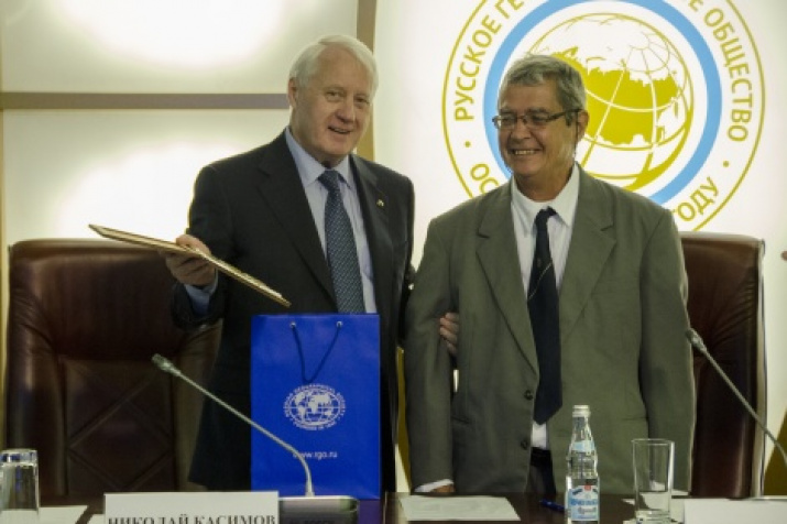 The First Vice President of the Russian Geographical Society, Academician Nikolai Kasimov and the President of the Geographical Society of Cuba, Professor of the University of Havana Jose Mateo. Photo by Nikolay Razuvaev