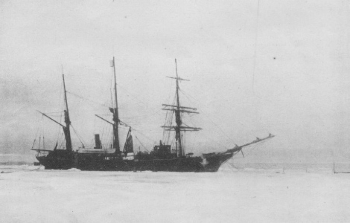The Zarya boat, the vehicle of the Russian polar exhibition led by Baron Eduard Toll. Source: report of the expedition. Izvestiya of the Imperial Academy of Sciences, 1