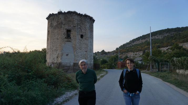 Село Черноречье (Севастополь) Чоргуньская Башня (на фотографии Стефания Дзини, Джованни Спалла)