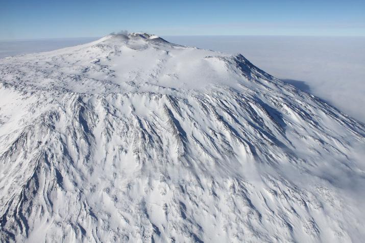 Вершина Эребуса. Фото: wikipedia.org