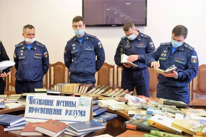 офицеры и военнослужащие войсковой части 28004