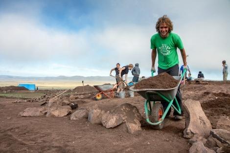 Волонтёры в лагере ''Долина