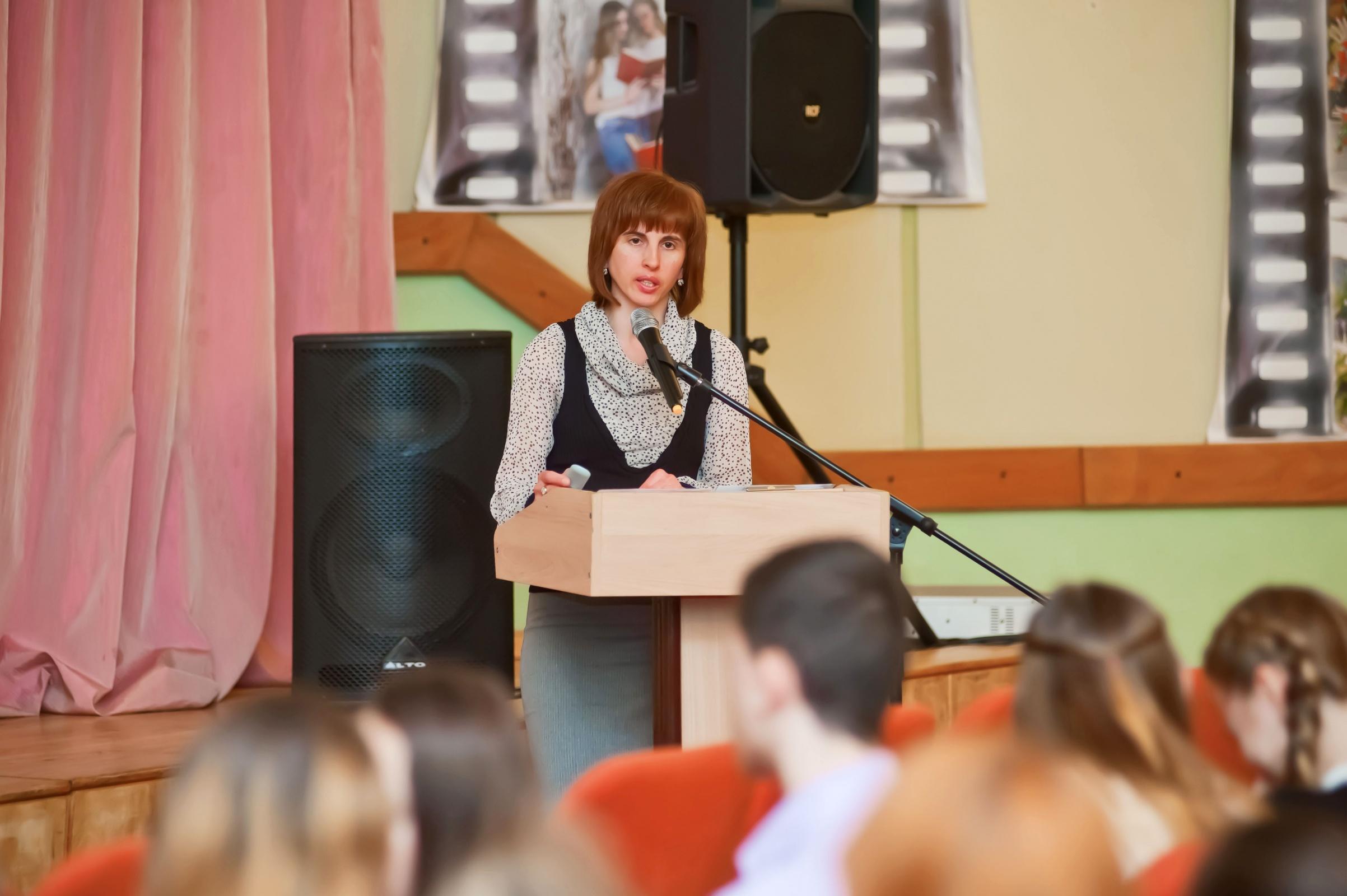 анна толмацкая как познакомились