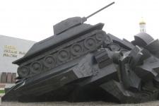 У музея на Прохоровском поле