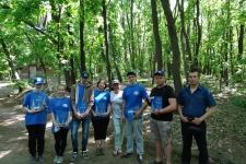Участники экологической акции ''Чистый лес''