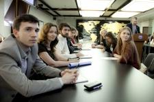 Заседание молодежного интеллектуального клуба РГО. Фото: Николай Разуваев