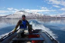 Исследования глубоководных рыб Курильского озера. Фото: Евгений Есин