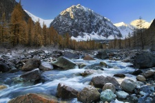 Долина реки Актру. Фото: Валерий Степанюк