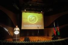 Презентация Русского географического общества в Баку. Выступает Сергей Катиков