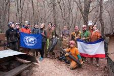 Счастливые и довольные участники акции после очистки пещеры (фото Токарева С.В.)