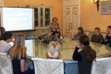 Школьники на встрече с профессором ВоГУ