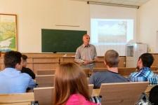 Путешественник Виктор Пинчук на лекции о Латинской Америке (Фото А. Никифорова)