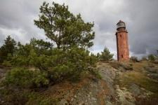 The lighthouse on the island of Bolshoy Tyuters. Photo by Andrey Strelnikov