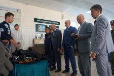 Показ экспозиции Русского географического общества почетным гостям открытия смены