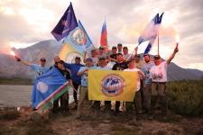 Участники экспедиции над Индигиркой. Фото предоставлено Россоюзспасом