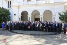 Участники круглого стола «Ялта 1945-2018: исторический опыт и новые вызовы» (фото пресс-службы Гос.Совета РК)