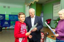 Награждение самых активных участников экспедиции грамотами Ивановского отделения РГО.