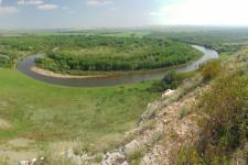 Река Урал у горы Дюяташ. Оренбургское Предуралье. Фото: Чибилёв А.А.