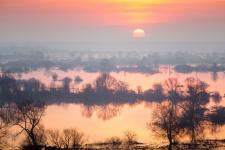 Апрельский рассвет. Фото: Юрий Сорокин