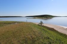 Пролив между озёрами Малое Медвежье и Солёное. Фото предоставлено Курганским отделением РГО.
