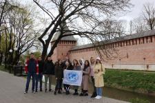 Участники сербской делегации во время обзорной экскурсии по г. Смоленску. Фото предоставлено Смоленским региональным отделением
