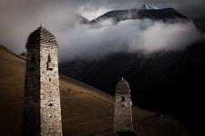 """""""Башни и горы"""".Фото: Заур Плиев, участник конкурса """"Самая красивая страна"""""""