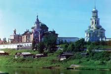 Вид на Борисоглебский мужской монастырь. Торжок (1910). Фото: Сергей Прокудин-Горский