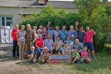 Жители села Никитино приветствуют экспедицию