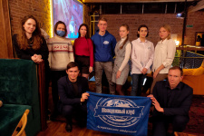 Члены молодежного клуба