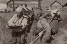 Владимир Арсеньев и его спутник Дерсу Узала. Фото: Научный архив РГО