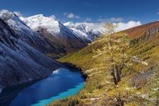 Shavlinskoe lake in the Russian part of Altai. Photo: Alexander Demyanov
