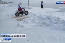 Краснодарские путешественники покорили байкальский лед на мотоциклах
