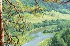 Розовые скалы (Кызылташ) на реке Инзер