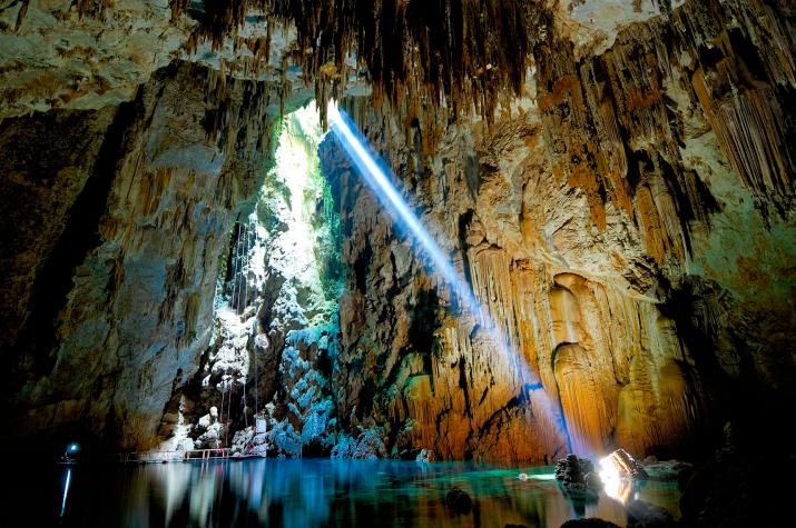 Пещеры Латинской Америки. Фото предоставлено А.Ховановым