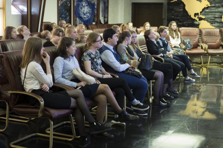 Школьники из Скандинавского центра