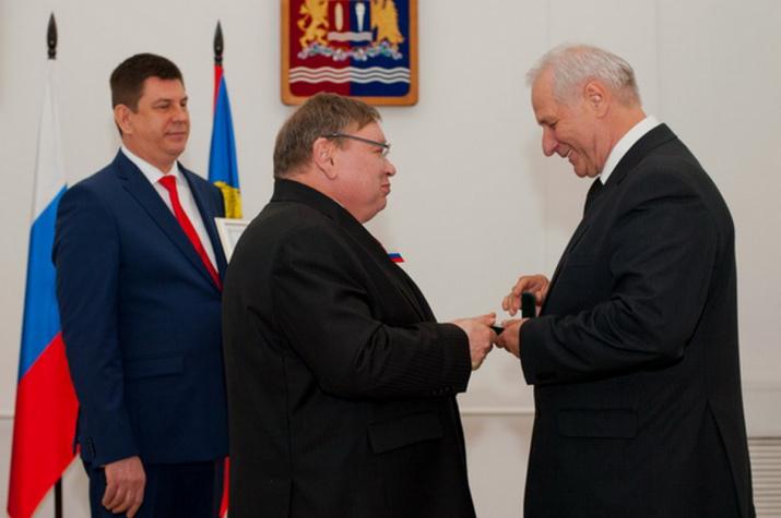 фото с сайта: http://vlast.io/nakanune-dnya-rossii-vrucheny-nagrady-ivanovskoj-oblasti/