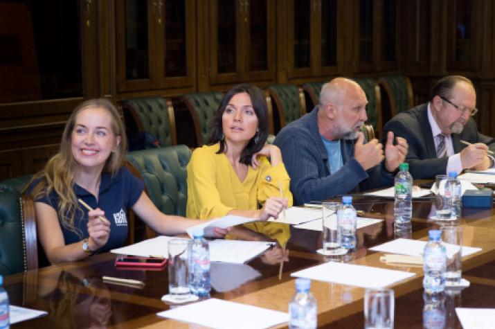 Members of the jury (from left to right): Marina Nozhenko, Anastasia Chernobrovina, Alexander Osipov and Victor Kruzhalin. Photo: Alexey Mikhailov