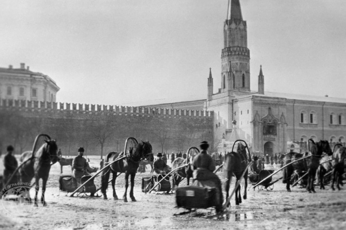 Москва. Извозчики на Красной площади. Фотохроника ТАСС