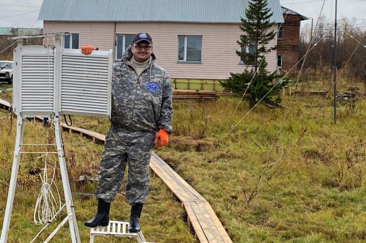 Помощь полярным станциям Северного УГМС.