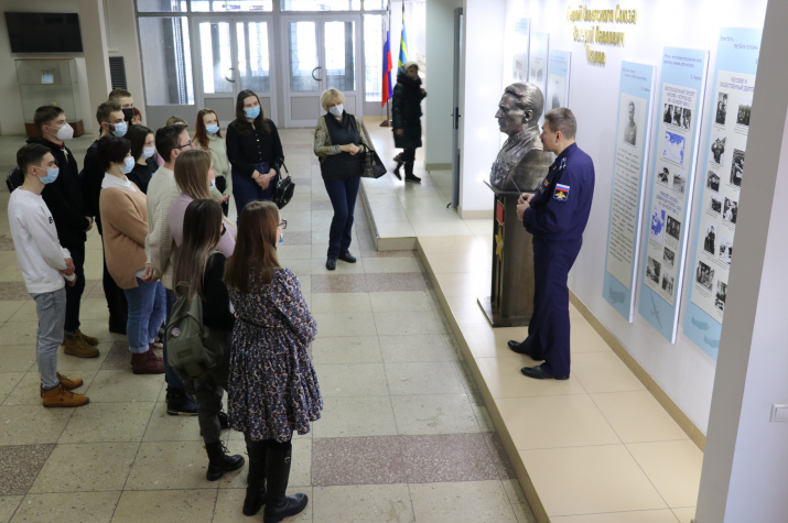 Молодежный клуб Липецкого областного отделения РГО посетил Липецкий авиацентр
