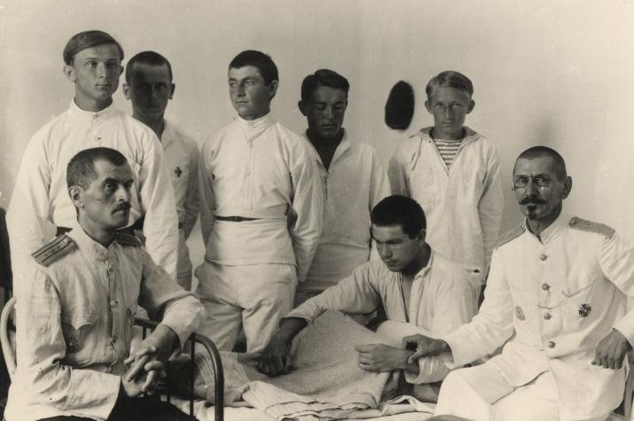 Морской кадетский корпус в Бизерте. Фото: Научный архив РГО