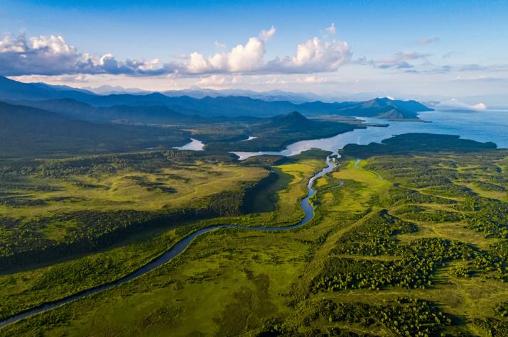 Река Унана и Валагинский хребет. Фото: Сергей Краснощеков