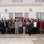 Участники конференции перед зданием Института мерзлотоведения им. П.И. Мельникова СО РАН