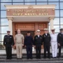 The Russian officers, the representatives of the apparatus of military attache at the Russian Embassy in Cairo and the Egyptian officers at the headquarters of the naval base in Suez. The photo is provided by the Governance of Navigation and Oceanography