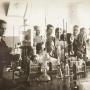 Лабораторные занятия у пензенских студентов-географов. Фото середины 20 века