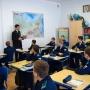 Дмитрий Грудинин рассказывает кадетам о актуальных исследованиях Оренбургского регионального отделения РГО и последних экспедициях Института степи РАН