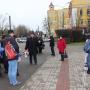 Участники заседания в сквере возле памятника Н.М. Пржевальскому
