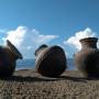 Могильник Ала-Тей 1, керамические сосуды хунну. Фото предоставлено ИИМК РАН. Экспедиция 2018 года
