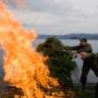 Уничтожение сетевых орудий браконьерства. Фотография Дмитрия Шпиленка